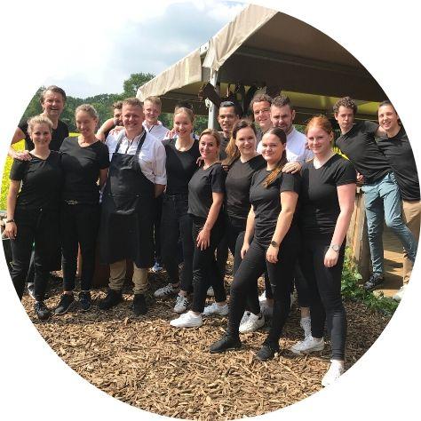 Het team van de heer Kocken op Asperges in het veld